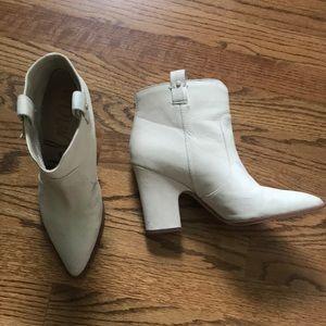 Sam Edelman Cream/White western booties